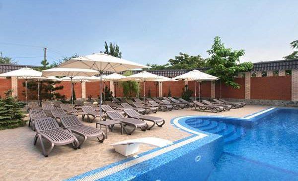 Приморский курорт с бассейном, идеально подходящий для выходных